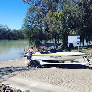 Salem sleekline ski boat Goondiwindi Goondiwindi Area Preview