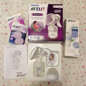 Avent manual breast pump + storage cups Craigmore Playford Area Preview