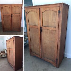 Wooden Wardrobe Burleigh Waters Gold Coast South Preview
