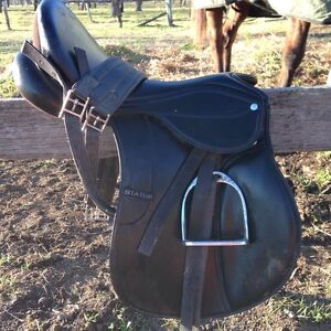 16inch all purpose status saddle Maitland Maitland Area Preview