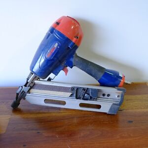 Framing nail gun + 2500 nails Brookvale Manly Area Preview