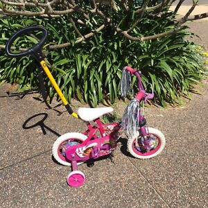 12 inch / 30cm Dora Bike with Parent Handle Caves Beach Lake Macquarie Area Preview