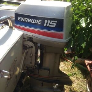Evinrude 115hp runs well includes controls, gauges, hydrolic steering Cloverdale Belmont Area Preview