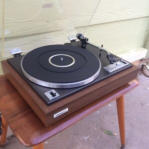 VINTAGE HIFI WANTED. Turntables, amps, speakers etc... Morphett Vale Morphett Vale Area Preview