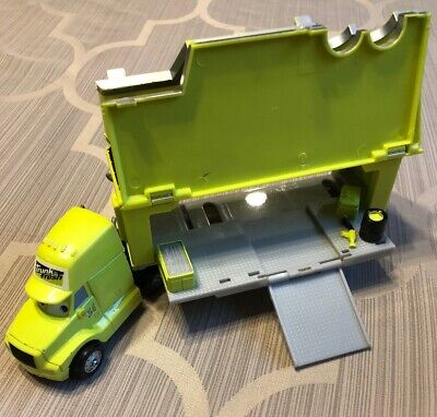 Disney Pixar Cars 34 Trunk Fresh 8 Inch 1:55 Diecast Hauler Truck Rig Trailer