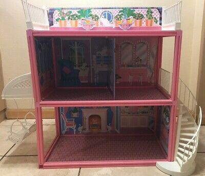 RARE Vintage 1984 Barbie Glamour Home with Swing /Complete