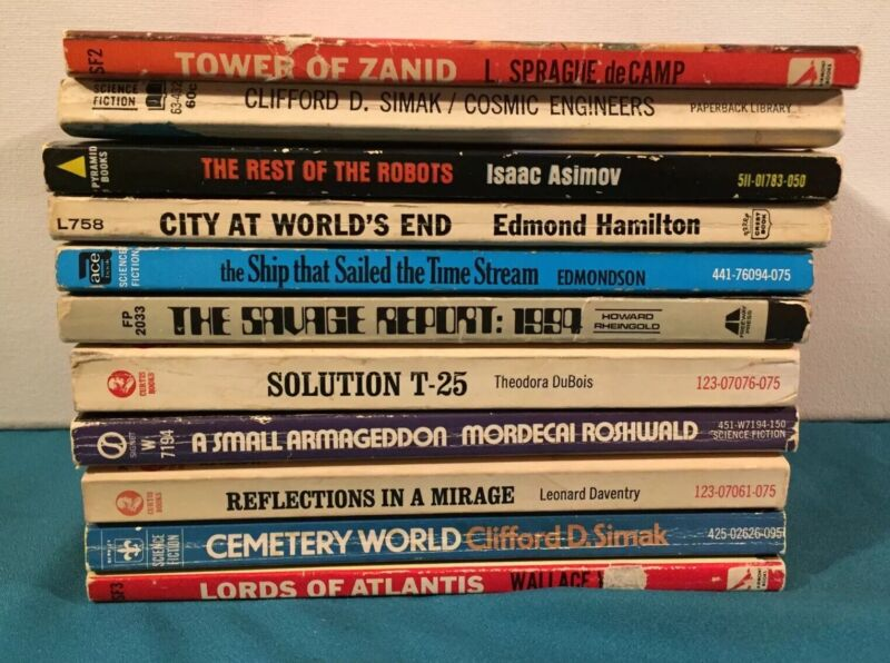11 Science Fiction Paperback Books In One Lot Mostly Vintage Sci-Fi Stories Look