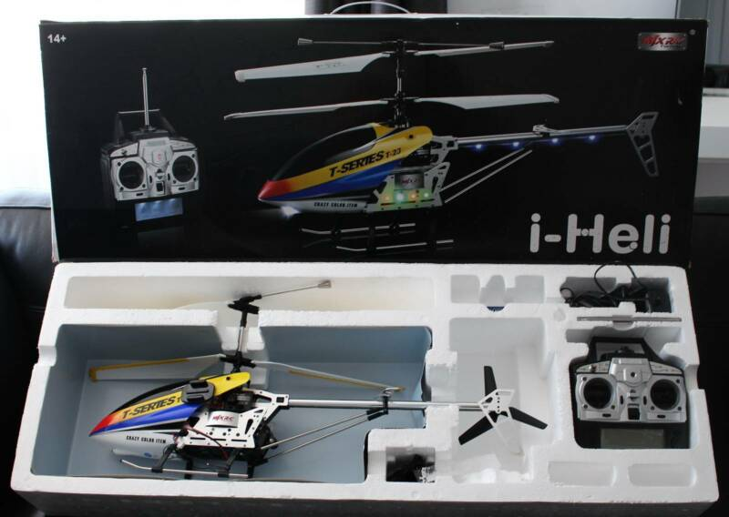 Rc helicopter and Scale t