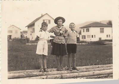 Cute Vintage Photo Cowgirl Girl Scout Posing With Siblings Western - Cute Cowgirl Costumes
