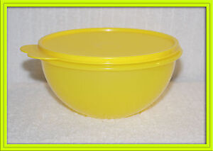 Tupperware Wonderlier Bowl Yellow  Lid  /  Yellow Bottom 6 cup New