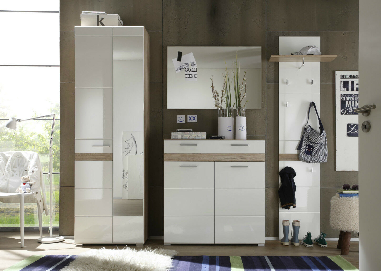 garderobe garderobenpaneel in wei hochglanz und eiche hell setone flurgarderobe eur 77 77. Black Bedroom Furniture Sets. Home Design Ideas