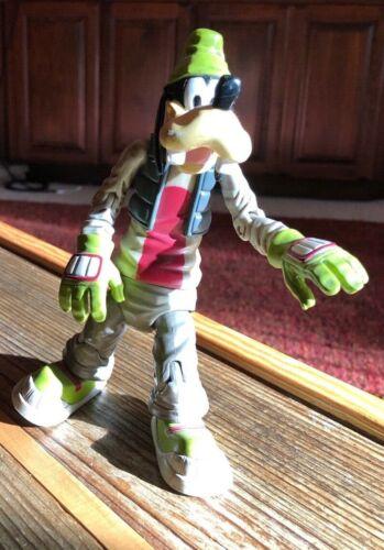 Goofy skateboarder Disney ~7 inches tall figure