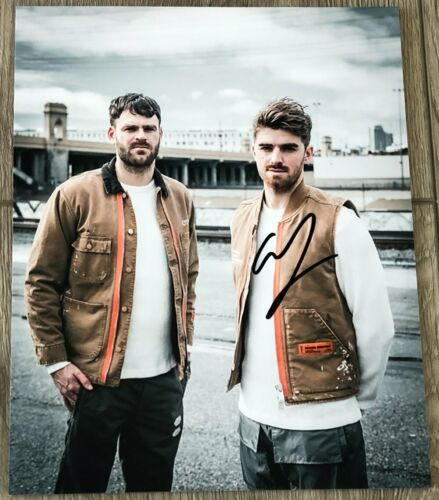 THE CHAINSMOKERS ANDREW TAGGART SIGNED AUTOGRAPH 8x10 PHOTO A w/EXACT PROOF