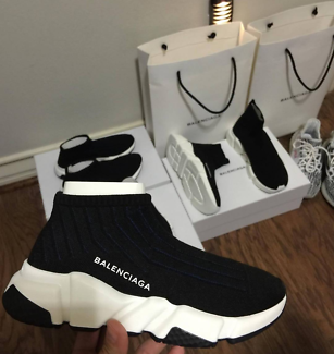 BELOW RETAIL Balanenciaga Speed Runners RESTOCKED