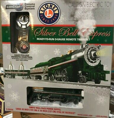 LIONEL LION CHIEF SILVER BELL EXPRESS CHRISTMAS TRAIN SET