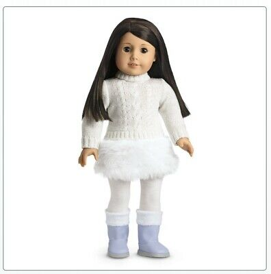 NEW American Girl Doll Soft As Snow Outfit & Charm NIB
