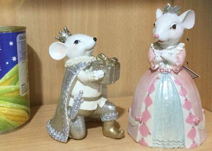 2017 Christmas royal mouse couple NEW