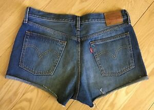 Ladies Urban Outfitters LEVIS 501 Buttonfly Cut-off Shorts sz 31
