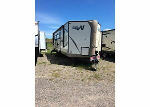 2017 Flagstaff by Forest River NEW V-Lite 27VRL CLEARANCE PRICE
