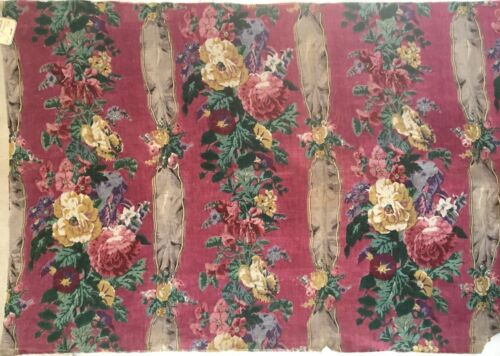 Beautiful Early 20th C. French Floral Striped Linen Printed Fabric (2282)