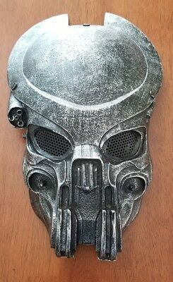 1:1 Scale Movie Prop Replica Halloween Costume Predator Helmet Celtic Mask LED ()