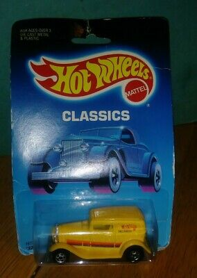 Hot Wheels '32 Ford Delivery Classics Series #7672 NRFP 1988 Yellow/Magenta 1:64