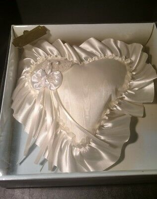 CREAM RING BEARER PILLOW - HEART SHAPED Embroidery & Roses - VICTORIA LYNN - NEW