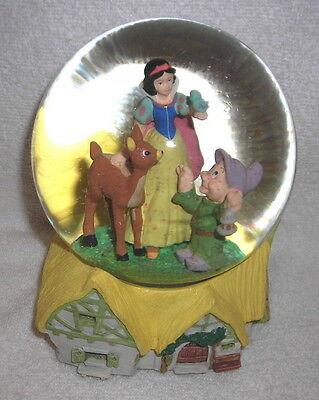 Disney-Snow White With Dopey & Bambi Inside Glitter Snowglobe Musical/Music Box