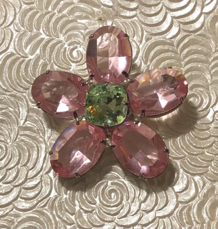 Vintage  flower Brooch  in silver tone metal