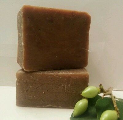 Type Olive Oil ( Handmade Aleppo Soap type oil olive extra virgin and laure  25 % 5 .7 for sale* )