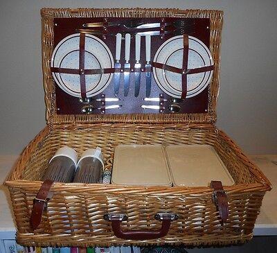 Vintage Biltons Wicker Picnic Basket 4 Person Set Complete England Tailgating