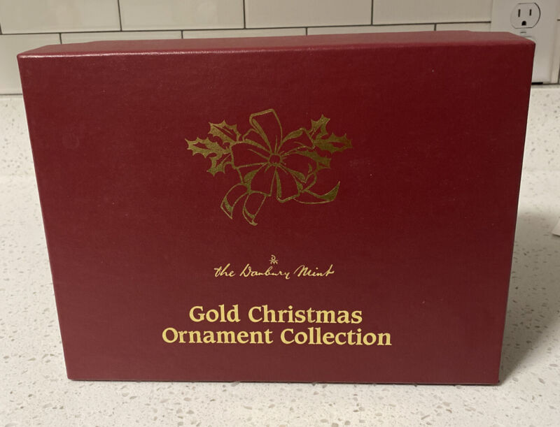 The Danbury Mint Gold Christmas Ornament Collection Box (Empty) Holds 12