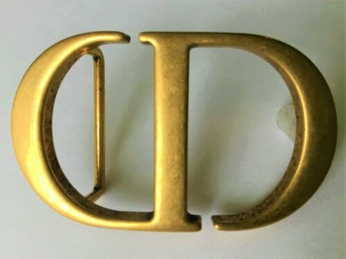 Authentic CHRISTIAN DIOR Montaigne CD Matte Gold Belt Buckle Accessory Italy
