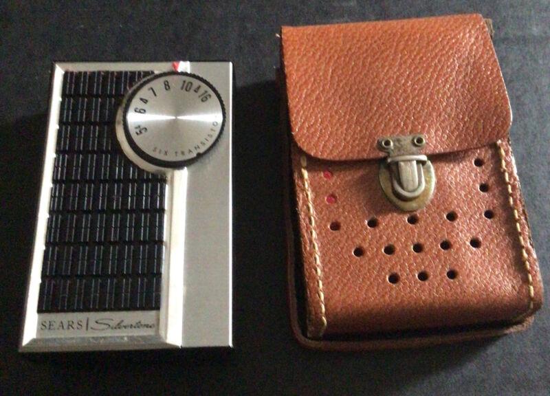 Vintage Sears Silvertone 4202 Radio With Case