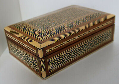 VINTAGE DECORATED BOX MOTHER PEARL INCERTS TRINKET JEWELLERY ANTIQUE CHEST