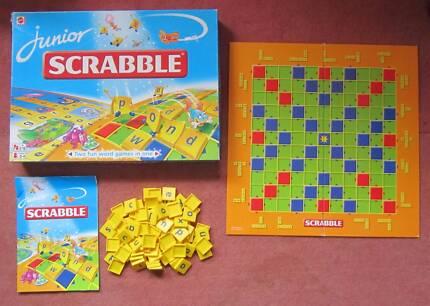 Scrabble Junior Jr board game