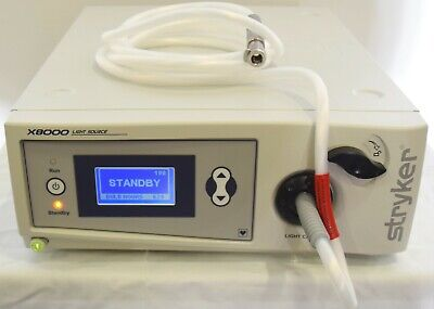 Stryker X8000 Xenon Light Source With 233-050-069 Light Cable