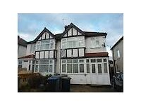 2 bedroom ground floor flat in The Croft Sudbury Wembley HA0