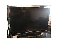 "32"" LCD TOSHIBA TV"