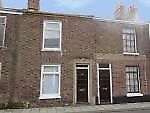 Small terraced period house to let near centre