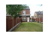 Lovely Three Bed Terrace with Garden and Garage
