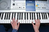 IN-HOME KEYBOARD & ORGAN LESSONS
