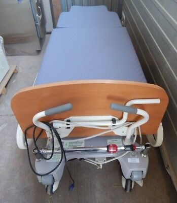 Stryker Ld304 Birthing Bed Ref 4701-000-000 - Used
