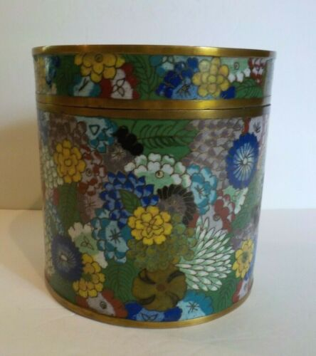 "19th C. Chinese Cloisonne Enamel 5.75"" Lidded Box / Humidor, 1000 Flowers"
