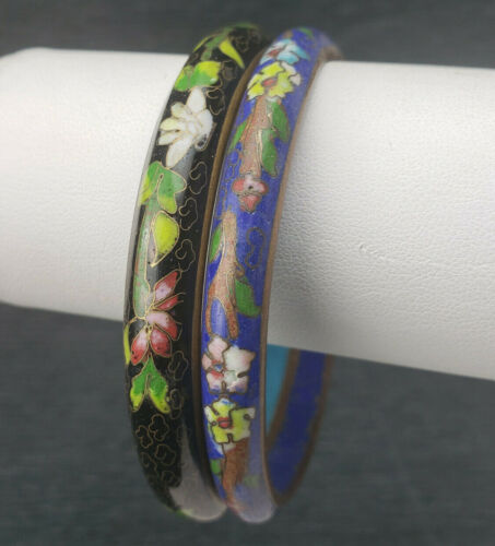 2 Vntg Blue BlackCloisonne Mixed Flowers Chinese Blue Inside Vent Hole Bracelets