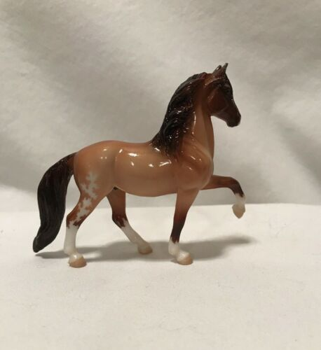Breyer Stablemates CM Custom Etched Glossy Peruvian Paso
