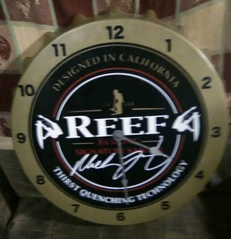 Reef Bottle Cap Clock