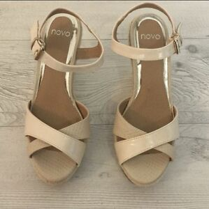 Wedge  Novo  size 7 New Gordonvale Cairns City Preview
