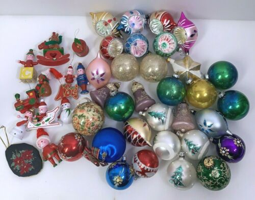 (LOT OF 40 PLUS) Vintage Teardrop Reflector Indent Shiny Christmas Ornaments