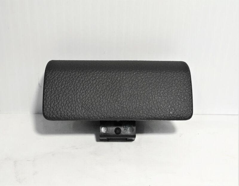 2012-2016 SONIC BLACK GLOVE BOX LATCH HANDLE NEW GM # 42389792